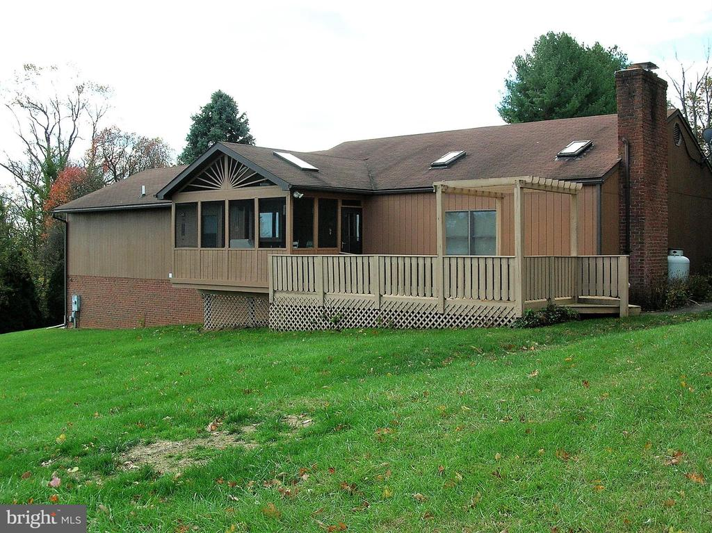 One acre lot - 4970 FLOSSIE AVE, FREDERICK