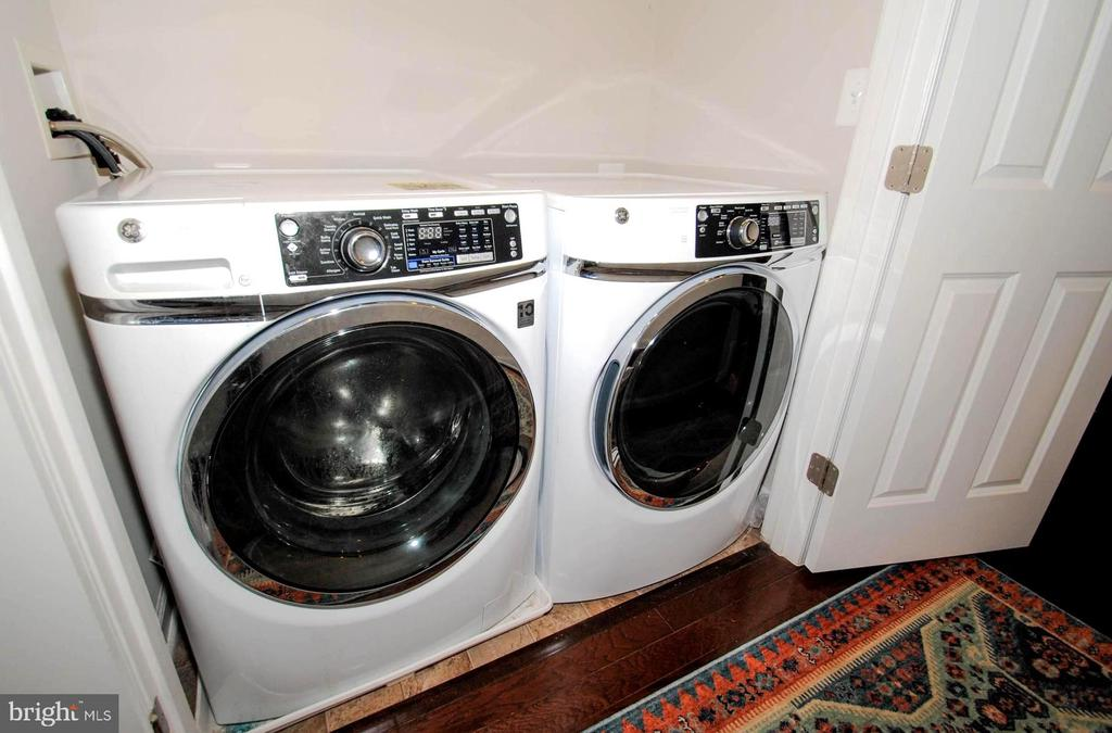 Upper Level Laundry - 139 LEJEUNE WAY, ANNAPOLIS