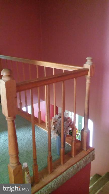 Railing - 260 WHITE HALL RD, WINCHESTER