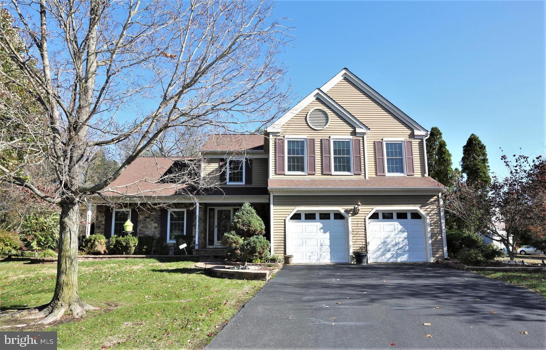 Single Family Homes pour l Vente à Plainsboro, New Jersey 08536 États-Unis