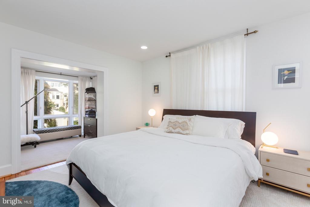 Master Bedroom - 3217 RESERVOIR RD NW, WASHINGTON