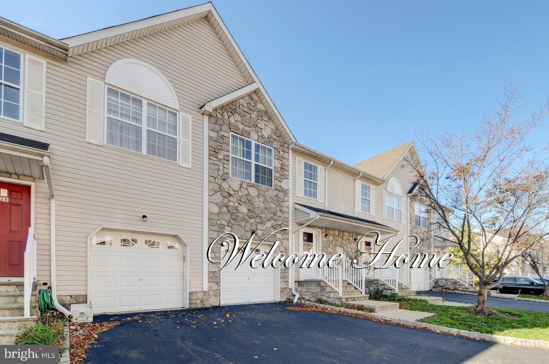 Single Family Homes für Verkauf beim Somerset, New Jersey 08873 Vereinigte Staaten