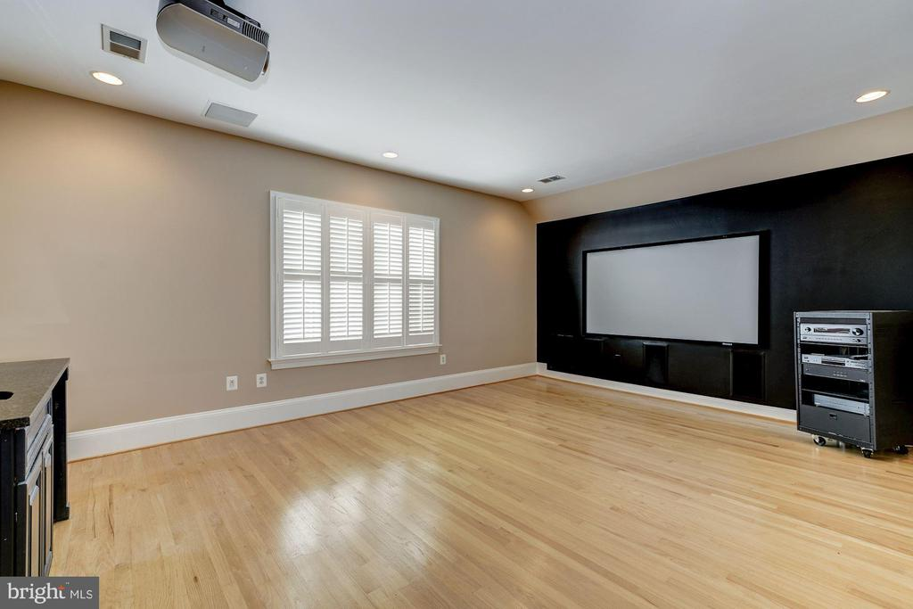 Theater room on fourth floor - 1493 EVANS FARM DR, MCLEAN