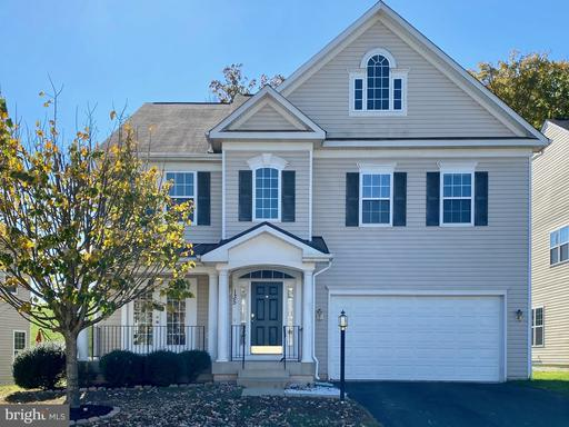 135 CARRIAGE HILL DR