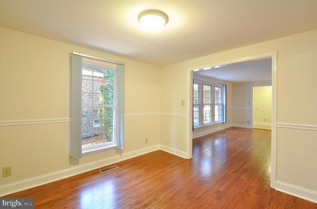 Multi-purpose Room -Sitting Room/Formal Dining Rm - 308 WESTOVER PKWY, LOCUST GROVE