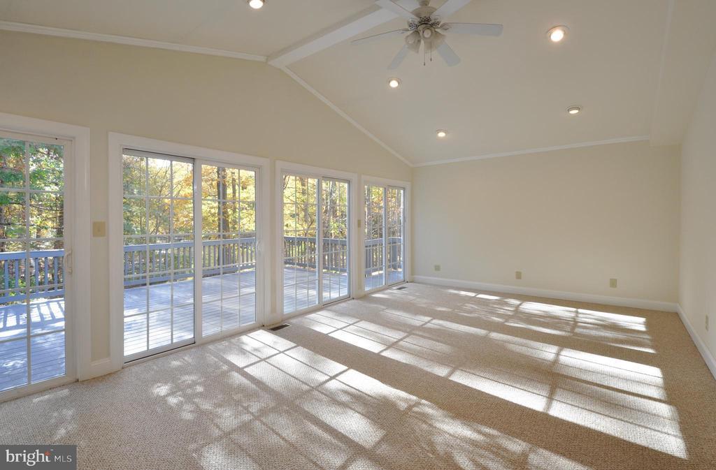 Florida Room/Sunroom-enjoy waterfront views here! - 308 WESTOVER PKWY, LOCUST GROVE
