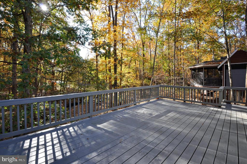 Entertain your guests overlooking Keaton Lake! - 308 WESTOVER PKWY, LOCUST GROVE