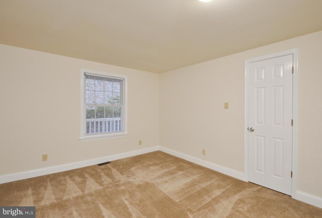 Bedroom 3 - 13x11 - 308 WESTOVER PKWY, LOCUST GROVE