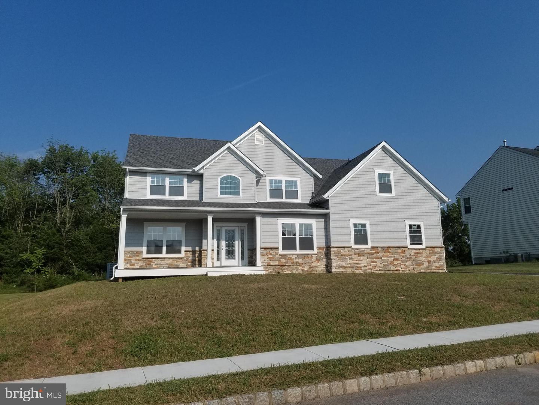 Single Family Homes للـ Sale في Douglassville, Pennsylvania 19518 United States