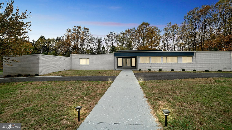 Property 為 出售 在 Baltimore, 馬里蘭州 21208 美國