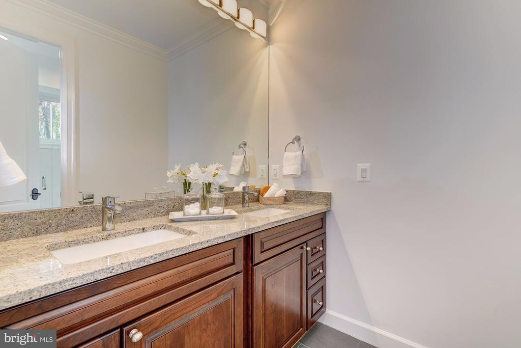 Guest Bath - 4415 P ST NW, WASHINGTON