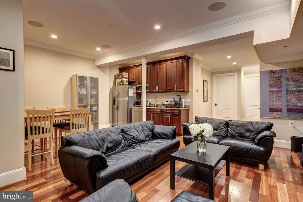 Lower Level with 10 FT Ceilings - 4415 P ST NW, WASHINGTON