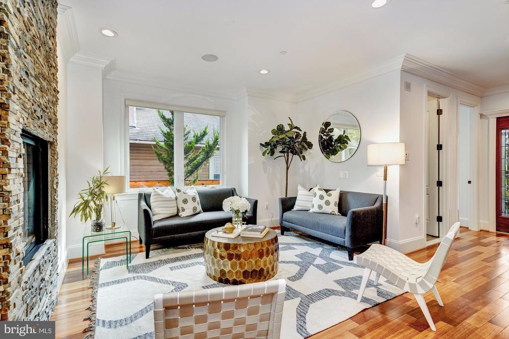 Sitting Room - 4415 P ST NW, WASHINGTON