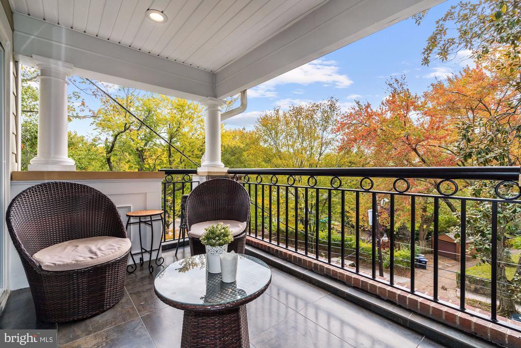 Master Suite Treetop Balcony - 4415 P ST NW, WASHINGTON