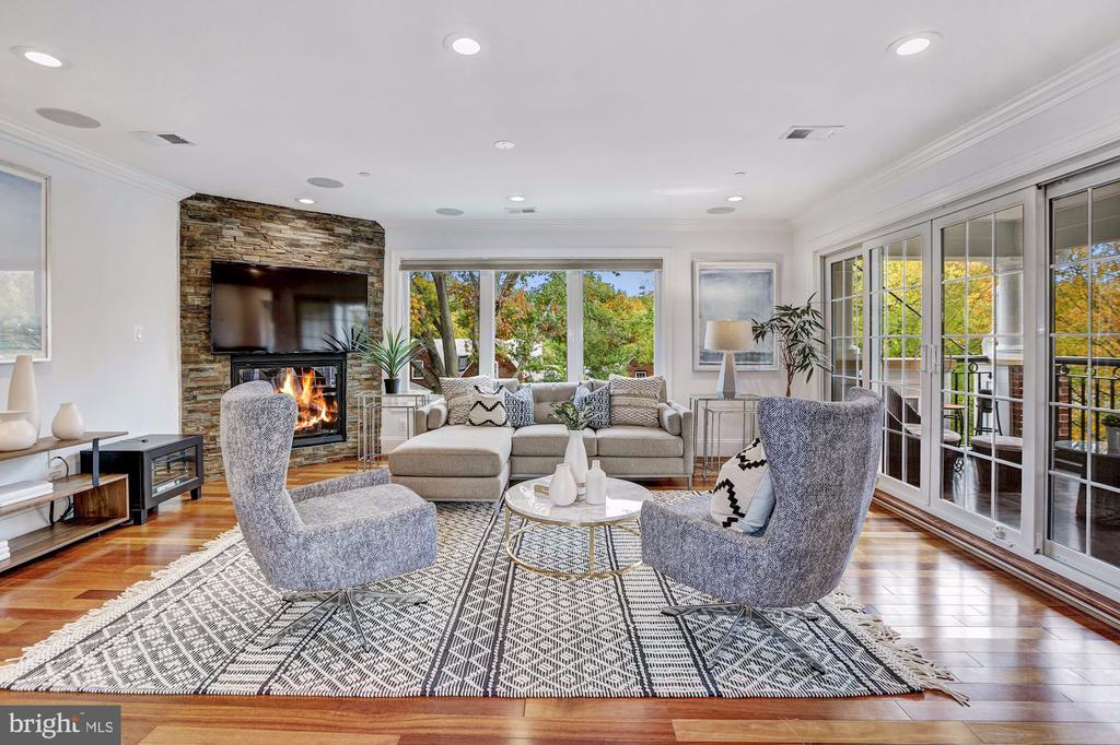 Gas Fireplace - 4415 P ST NW, WASHINGTON
