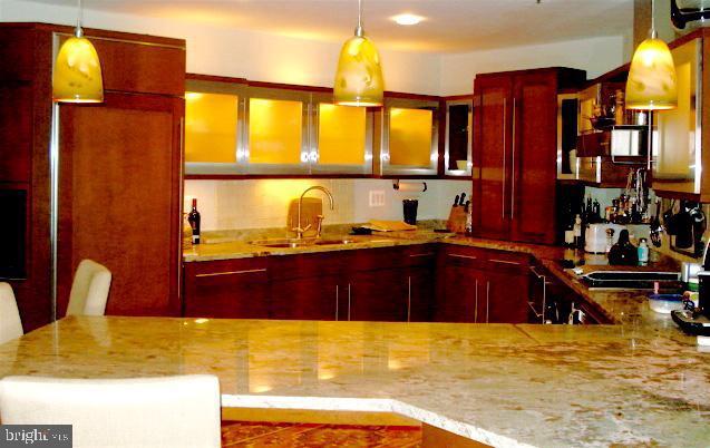 Kitchen, European design, nice lighting, - 1401 N OAK ST #309, ARLINGTON