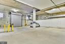 Garage * notice how open it is and easy to park in - 1401 N OAK ST #309, ARLINGTON