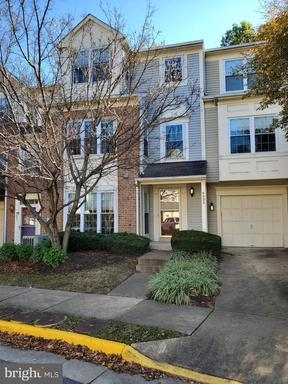 Property for sale at 4333 Hackney Coach Ln #142, Fairfax,  Virginia 22030