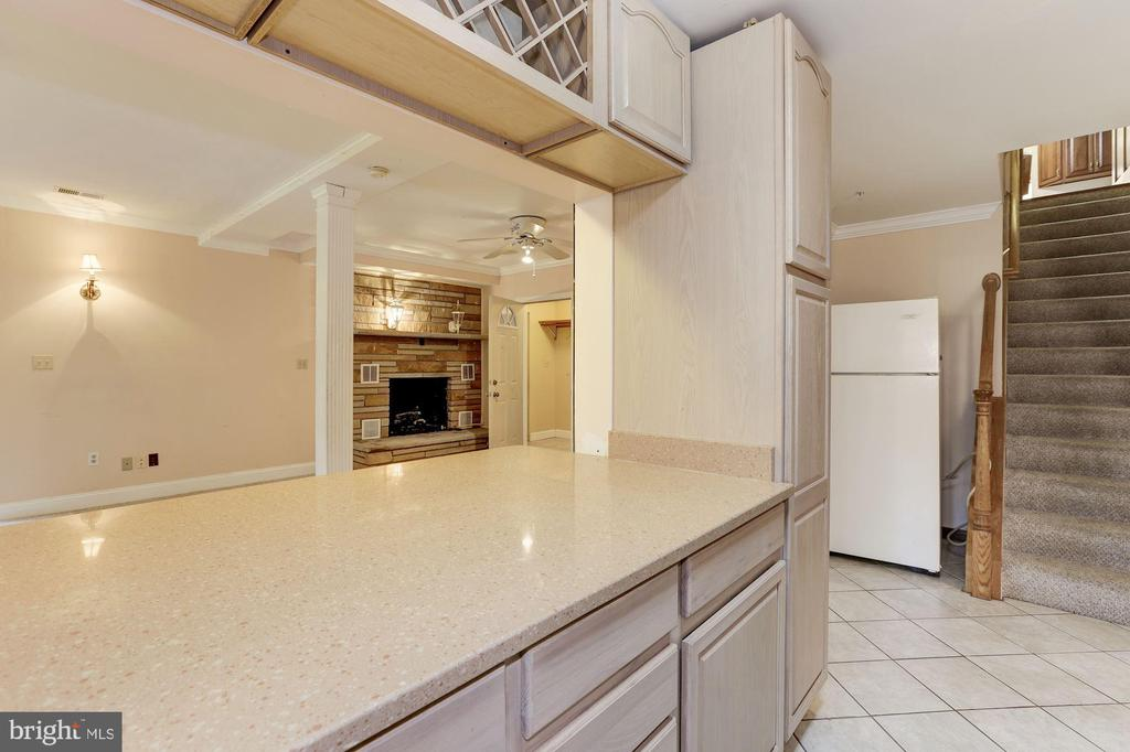 Kitchenette - 7028 HUNTER LN, HYATTSVILLE