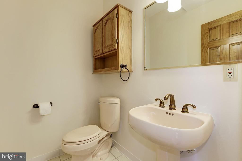 Main Level Powder Room - 7028 HUNTER LN, HYATTSVILLE