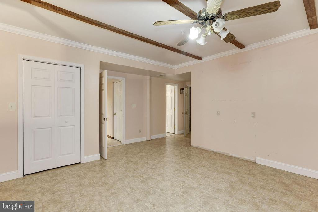 Bedroom #6 - 7028 HUNTER LN, HYATTSVILLE