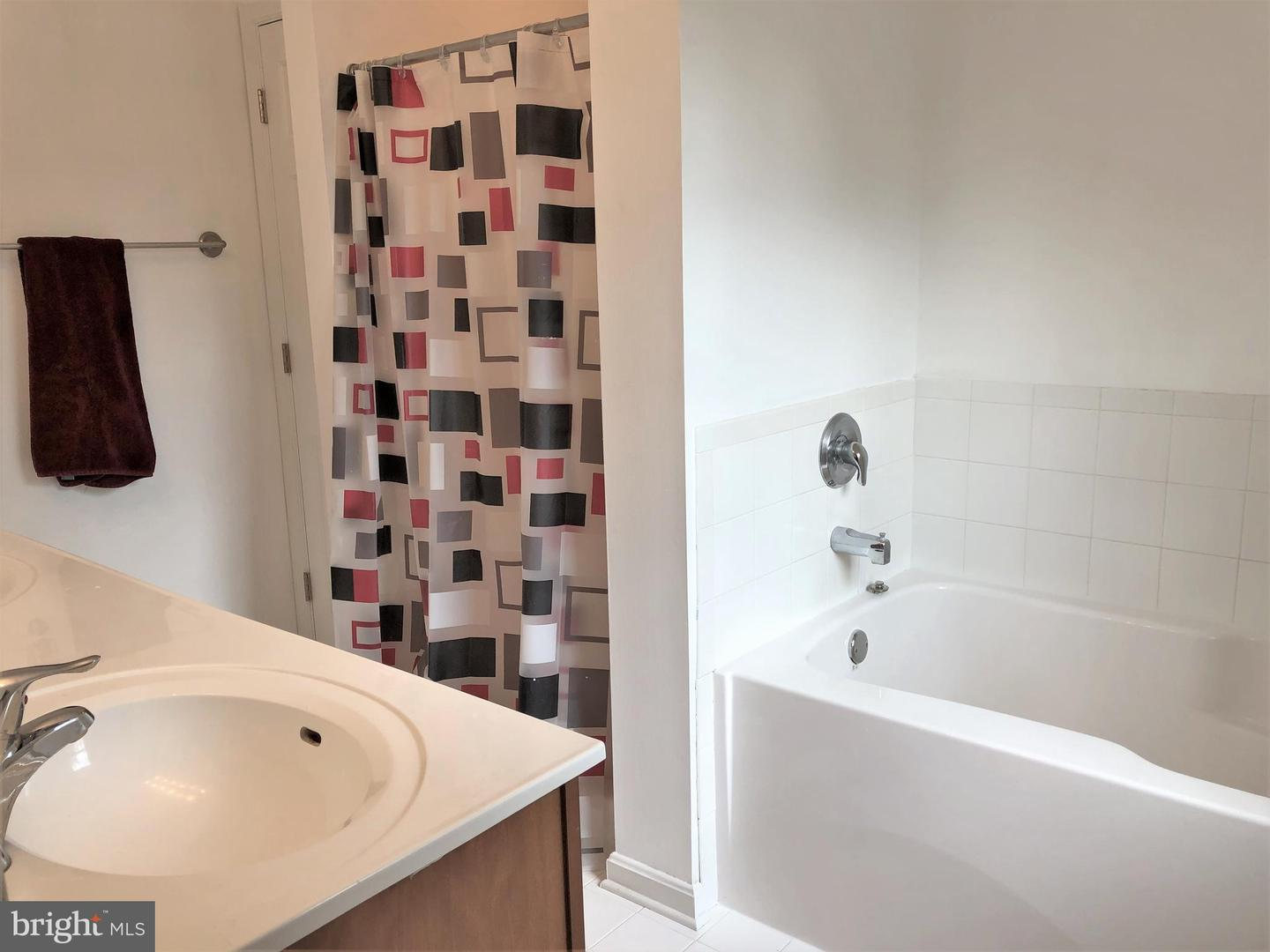 Additional photo for property listing at  Churchton, 馬里蘭州 20733 美國
