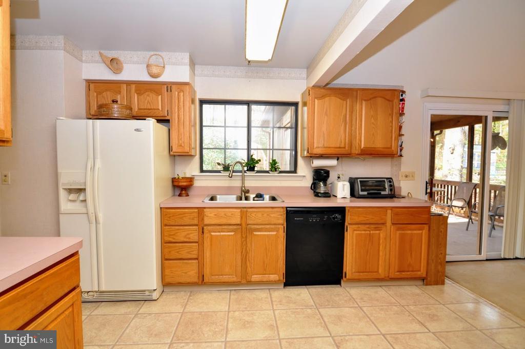 Kitchen1 - 400 STRATFORD CIR, LOCUST GROVE