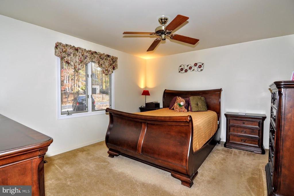 Master Bedroom - 400 STRATFORD CIR, LOCUST GROVE