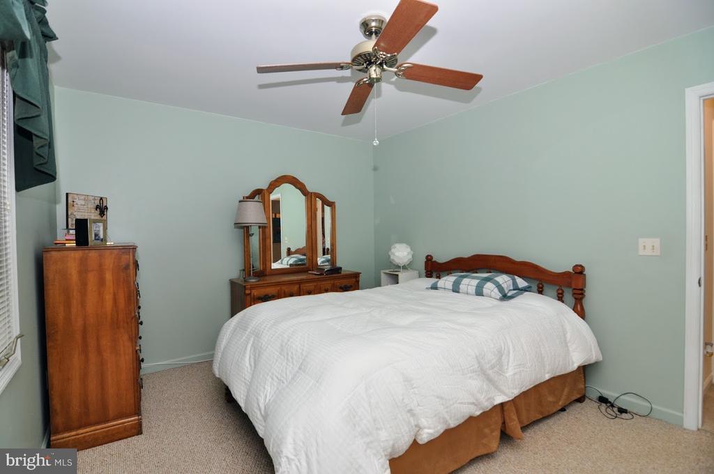 Bedroom 2 - 400 STRATFORD CIR, LOCUST GROVE