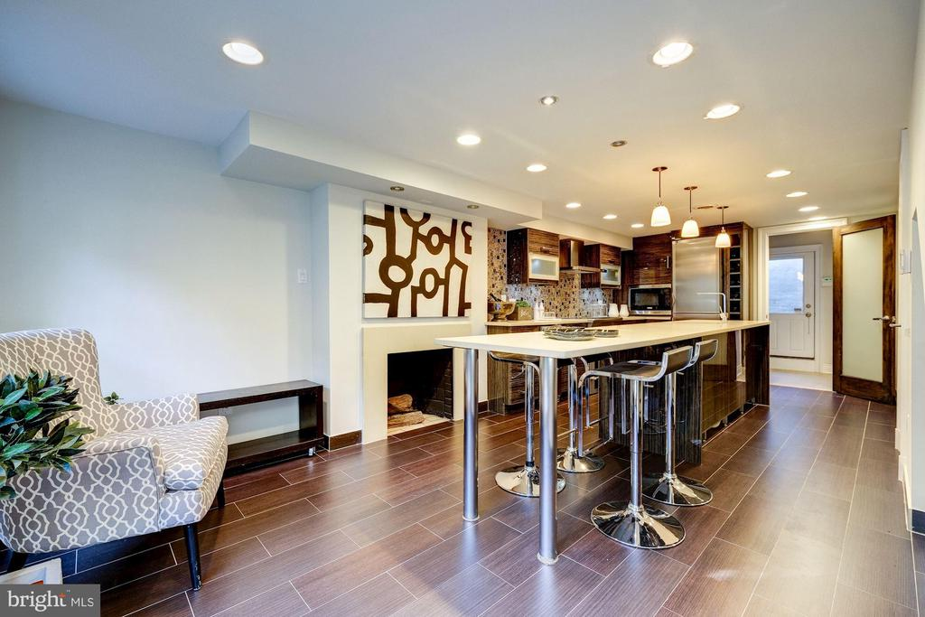 Kitchen - 2708 OLIVE ST NW, WASHINGTON