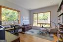 First floor bedroom/office with en suite bathroom - 4611 36TH ST N, ARLINGTON