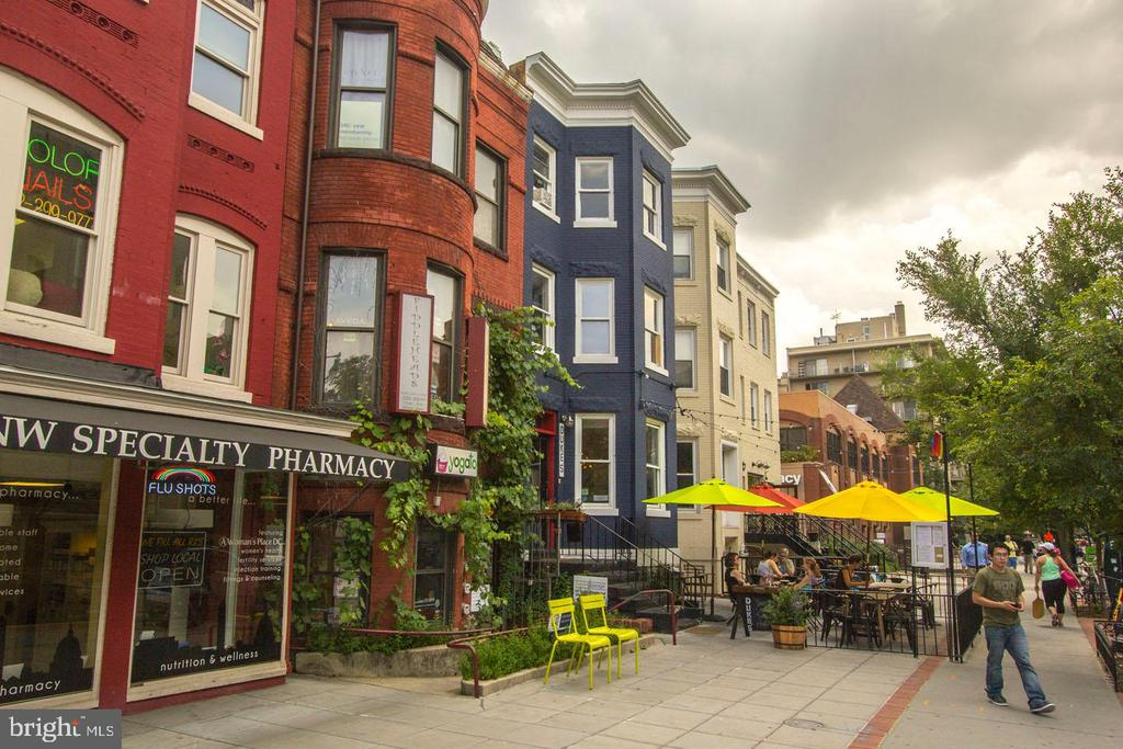 Walk to Dupont Circle Restaurants - 1755 18TH ST NW, WASHINGTON