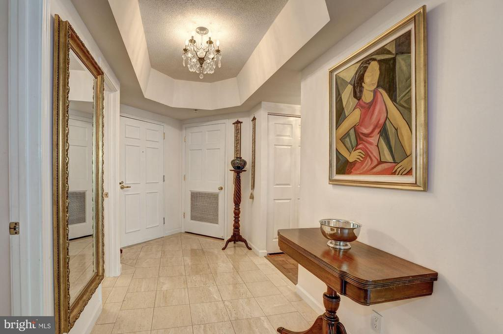 Marble foyer entry - 5600 WISCONSIN AVE #202, CHEVY CHASE
