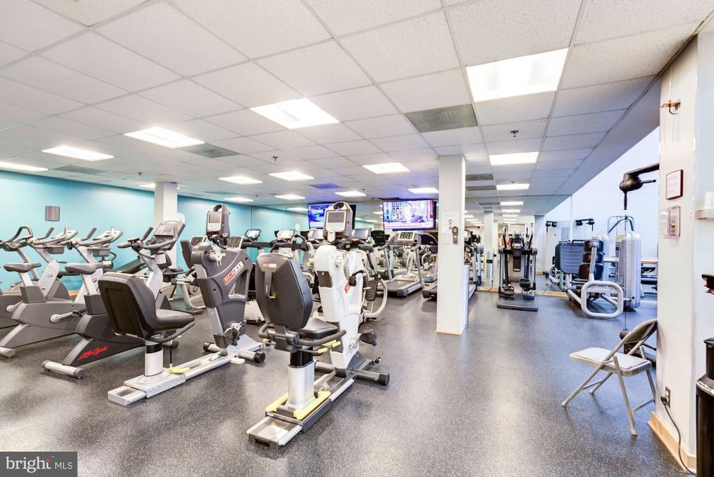 Exercise room - 5600 WISCONSIN AVE #202, CHEVY CHASE