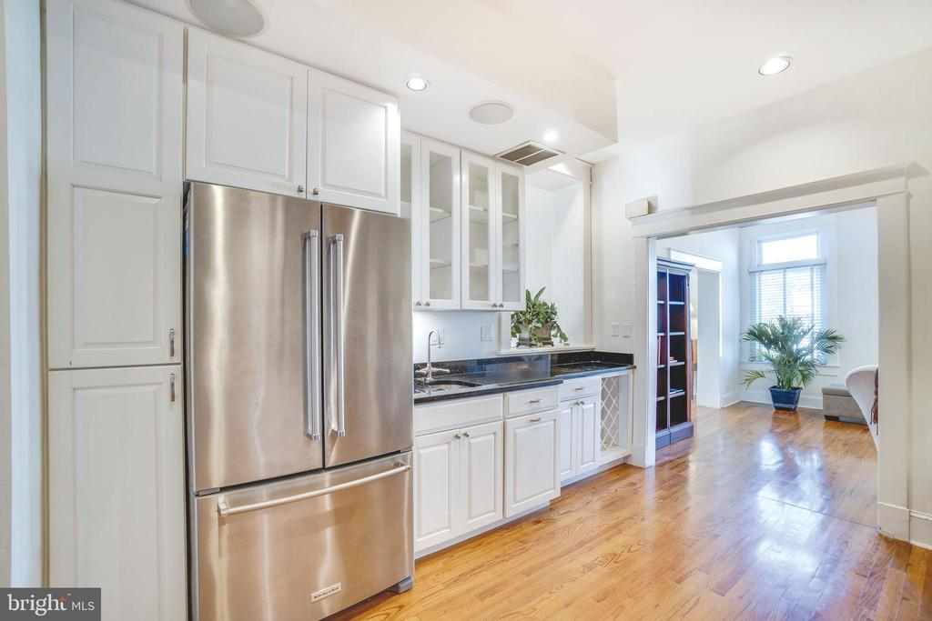Lots of cabinets, counters and a huge fridge too - 1755 18TH ST NW, WASHINGTON