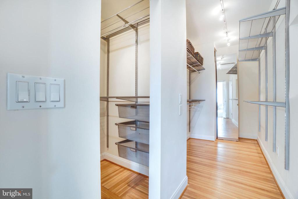 Walk in closet space is sumptuous - 1755 18TH ST NW, WASHINGTON
