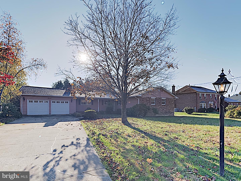 Single Family Homes 용 매매 에 Trenton, 뉴저지 08648 미국
