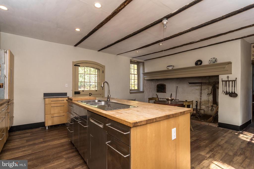 Kitchen - House # 1 - 525 LEWIS LN, AMBLER