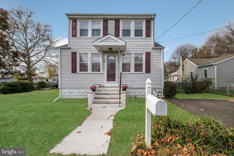 Single Family Homes للـ Sale في Croydon, Pennsylvania 19021 United States