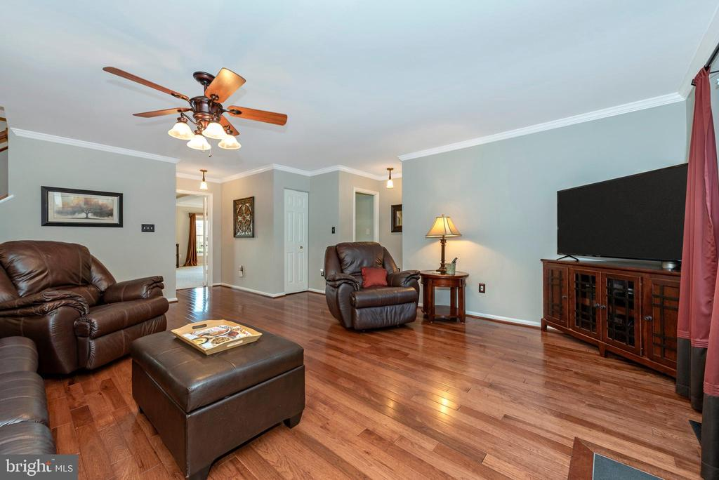 There's room for your furniture and comfy chairs - 5745 STONEY CREEK CT, FREDERICK