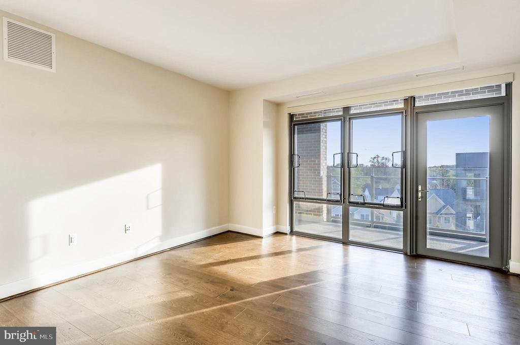 Master Bedroom Suite - 7171 WOODMONT AVE #605, BETHESDA
