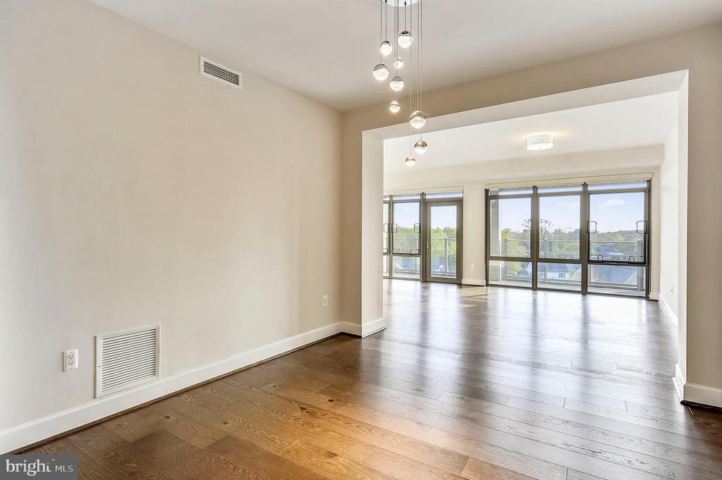 Dining Room - 7171 WOODMONT AVE #605, BETHESDA