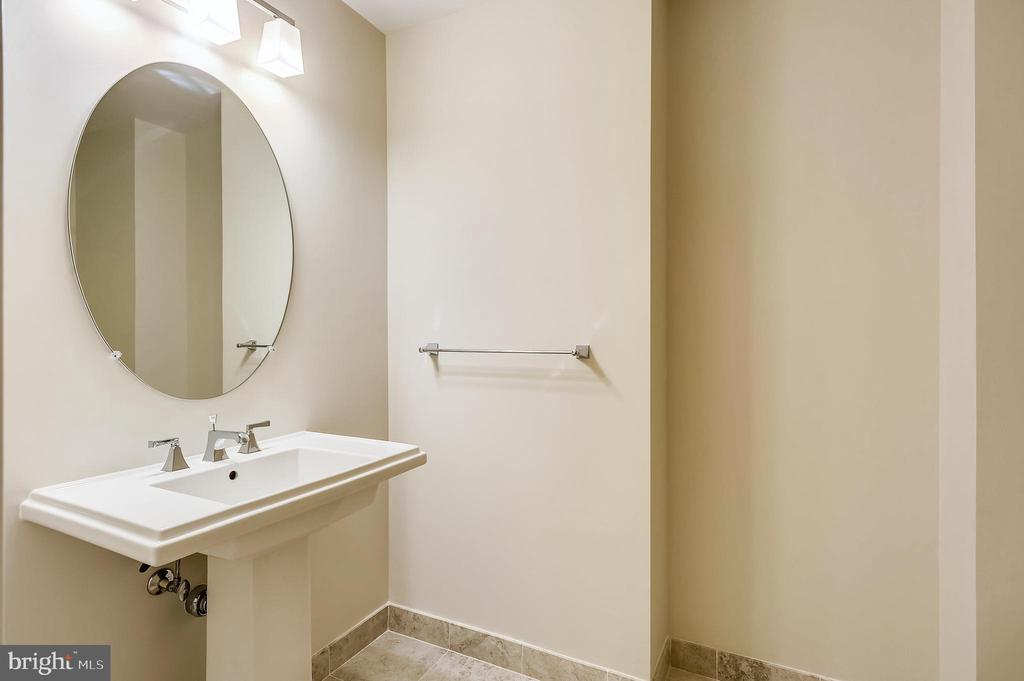 Powder Room - 7171 WOODMONT AVE #605, BETHESDA