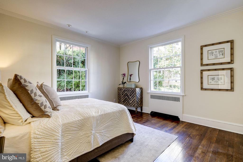 First Floor Bedroom/Office - 1804 HOBAN RD NW, WASHINGTON