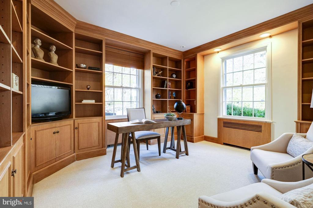 First Floor Family Room/Library - 1804 HOBAN RD NW, WASHINGTON