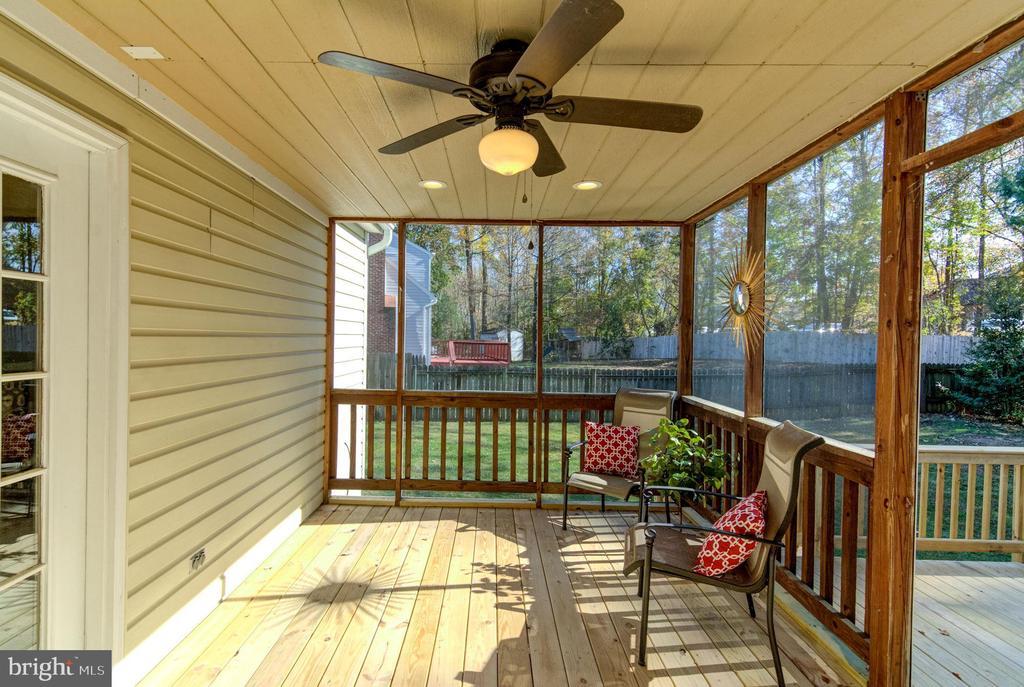 Screened porch. - 21 KELLY WAY, STAFFORD