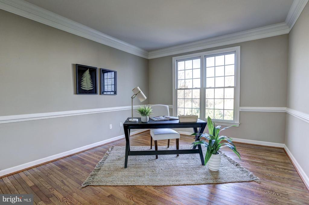 - 16502 HARBOUR TOWN DR, SILVER SPRING