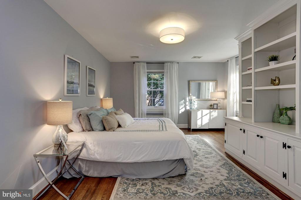 Private master bedroom with custom cabinetry - 3719 CHESAPEAKE ST NW, WASHINGTON