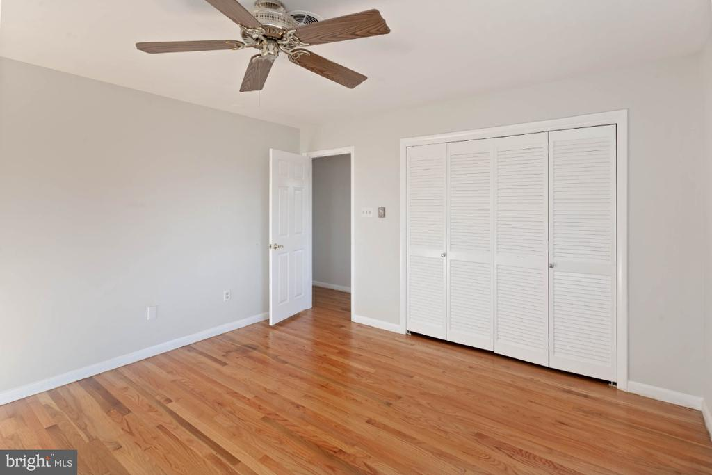 double closets in bdrm #2 - 211 YOUNG AVE, BOONSBORO