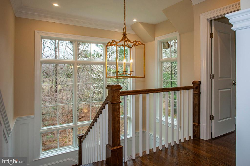 - 907 GEORGETOWN RIDGE CT, MCLEAN